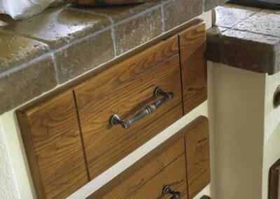 Cassetti in legno per cucina