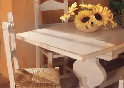 Sedia e tavolino per cucina