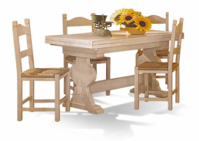 Sedie e tavolino in legno Civitella in Val di Chiana