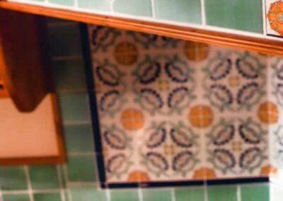 Mensola artigianale in legno pregiato