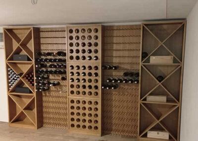 Cantina per vini in legno