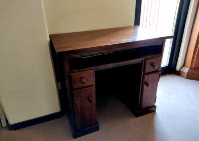 Scrittoio in legno
