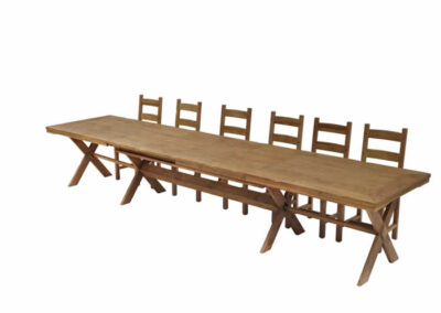 Tavolo in legno massello di castagno artigianale