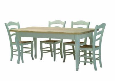 Tavolo in legno di castagno
