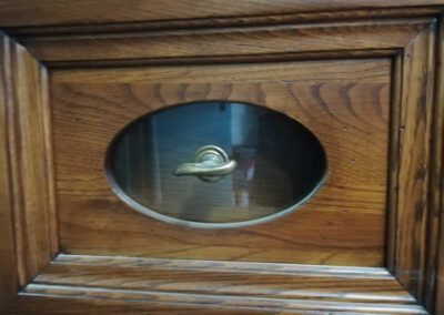 Cassetto per credenza artigianale in legno di castagno massello