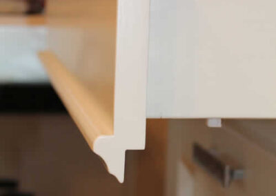 Cassetto artigianale in legno massello per cucina