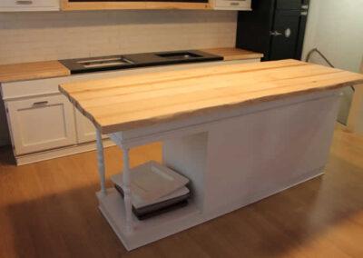 Penisola in legno massello per cucina artigianale